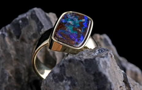 Ring in blau